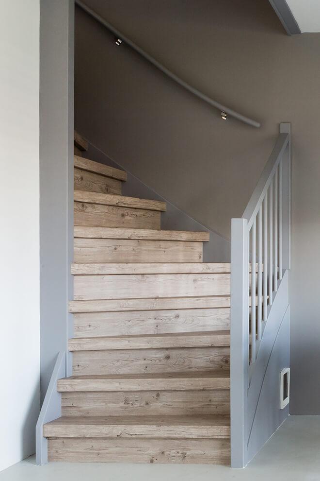 Traprenovatie - Romantische stijl - capitol pine - trap